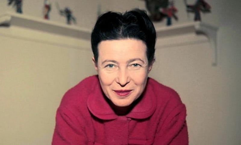 """Encontre 15 erros de inglês em um texto sobre """"The Second Sex"""" de Simone de Beauvoir"""